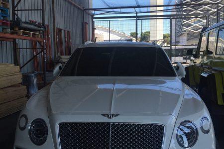 Transport international de véhicules de luxe - Bentley
