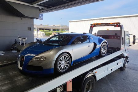 Transport international de véhicules de luxe - Bugatti