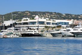 Yachts in front of the Palais des Festivals, Cannes