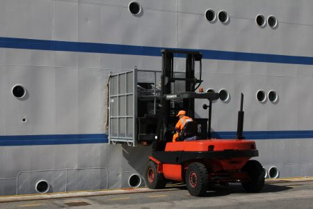 Provisioning of Club Med II (port of Nice)