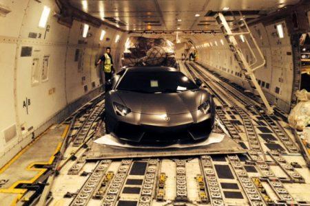 Transport international de véhicules de luxe - Lamborghini