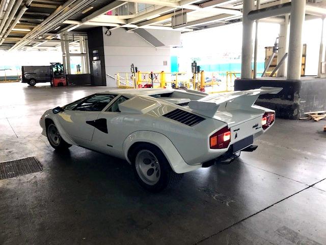 Lamborghini Countach, au départ de Nice