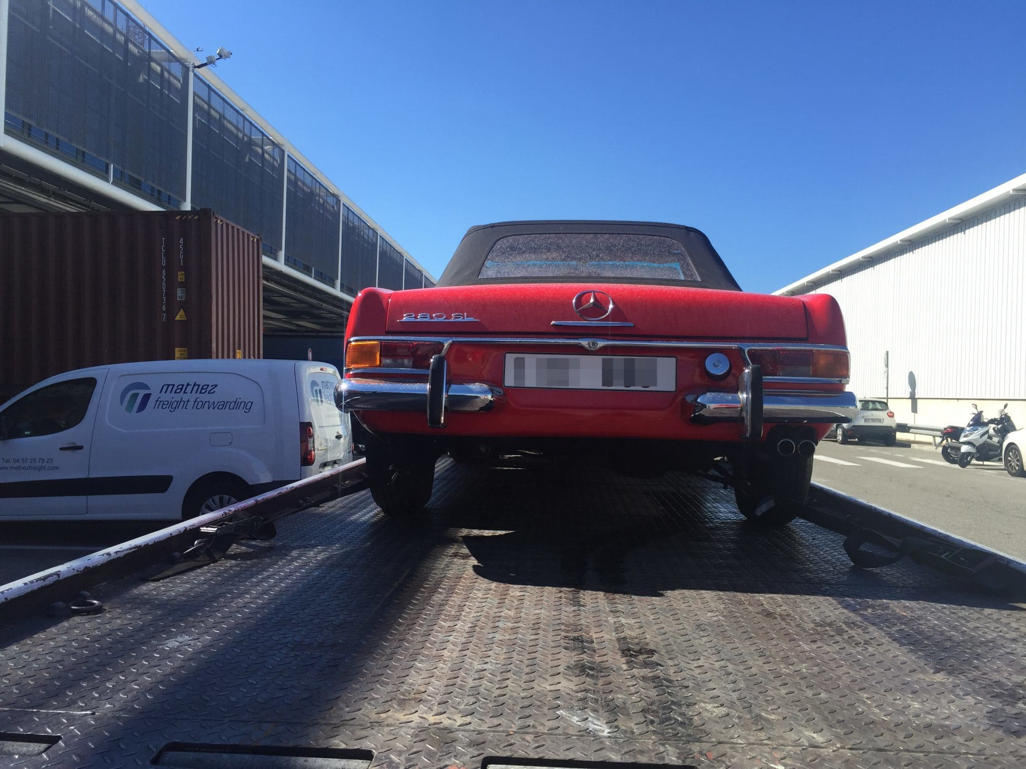 Shipping cars to France - Mathez Freight Forwarding