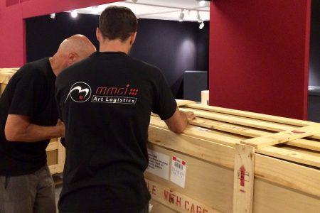 Transport d'oeuvres de Yufuku en caisses