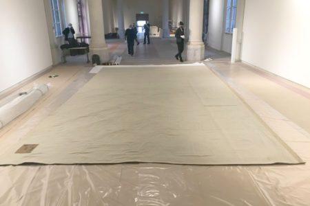 """Transport de la tapisserie """"L'Ecole d'Athènes"""""""