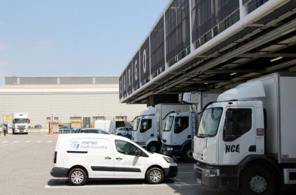 Mathez Transports Internationaux, sur la zone cargo de Nice