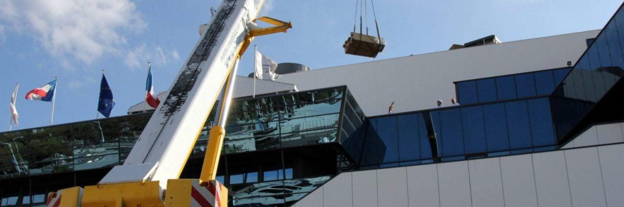 Crane operation on TFWA 2018