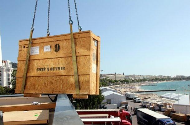 Manutention de caisses pour les acteurs du luxe au TFWA