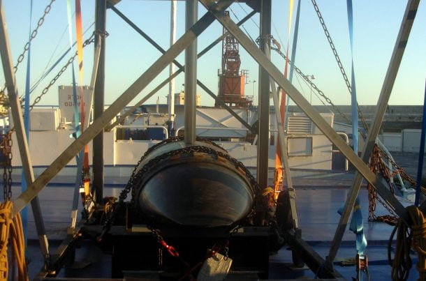 Chargement de yacht, port de Nice
